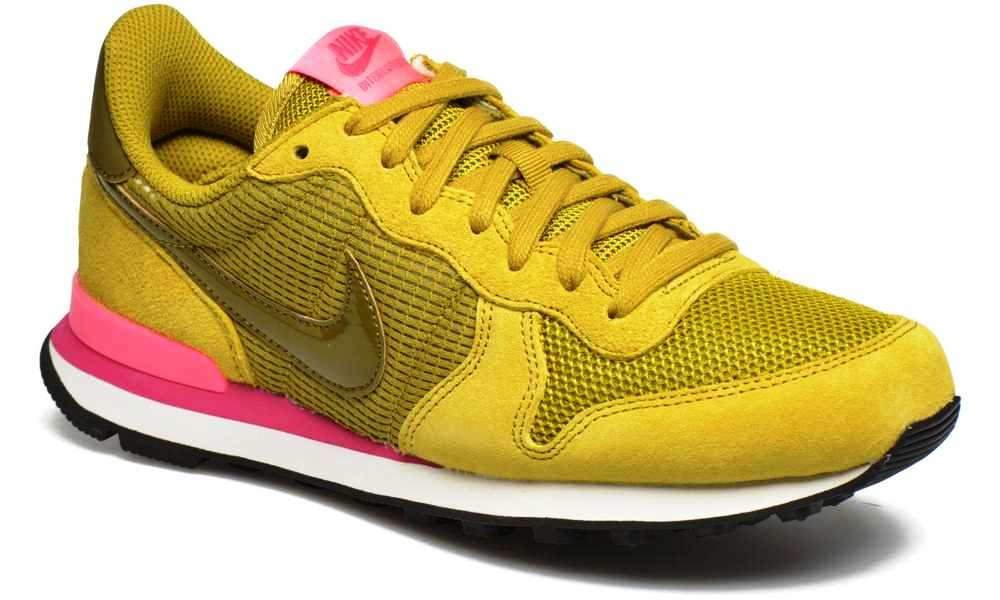 nike internationalist dame green