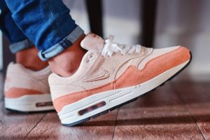 Nike Air Max 1 Dames Beige Aa0512 800 Beige Sneakers Dames
