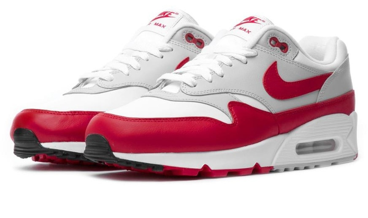 purchase cheap 24925 3d1ea ᐅ • Dames Nike Air Max 901 OG Rood · Vette hybride · Fotos en Videos