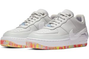 "Release: Nike Air Force 1 Dames Zilver ""Jester XX Print"""