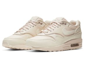nike-air max 1-dames-beige-917691-801-beige-sneakers-dames