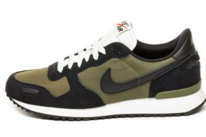 nike-air vortex-heren-zwart-903896 014-zwarte-sneakers-heren