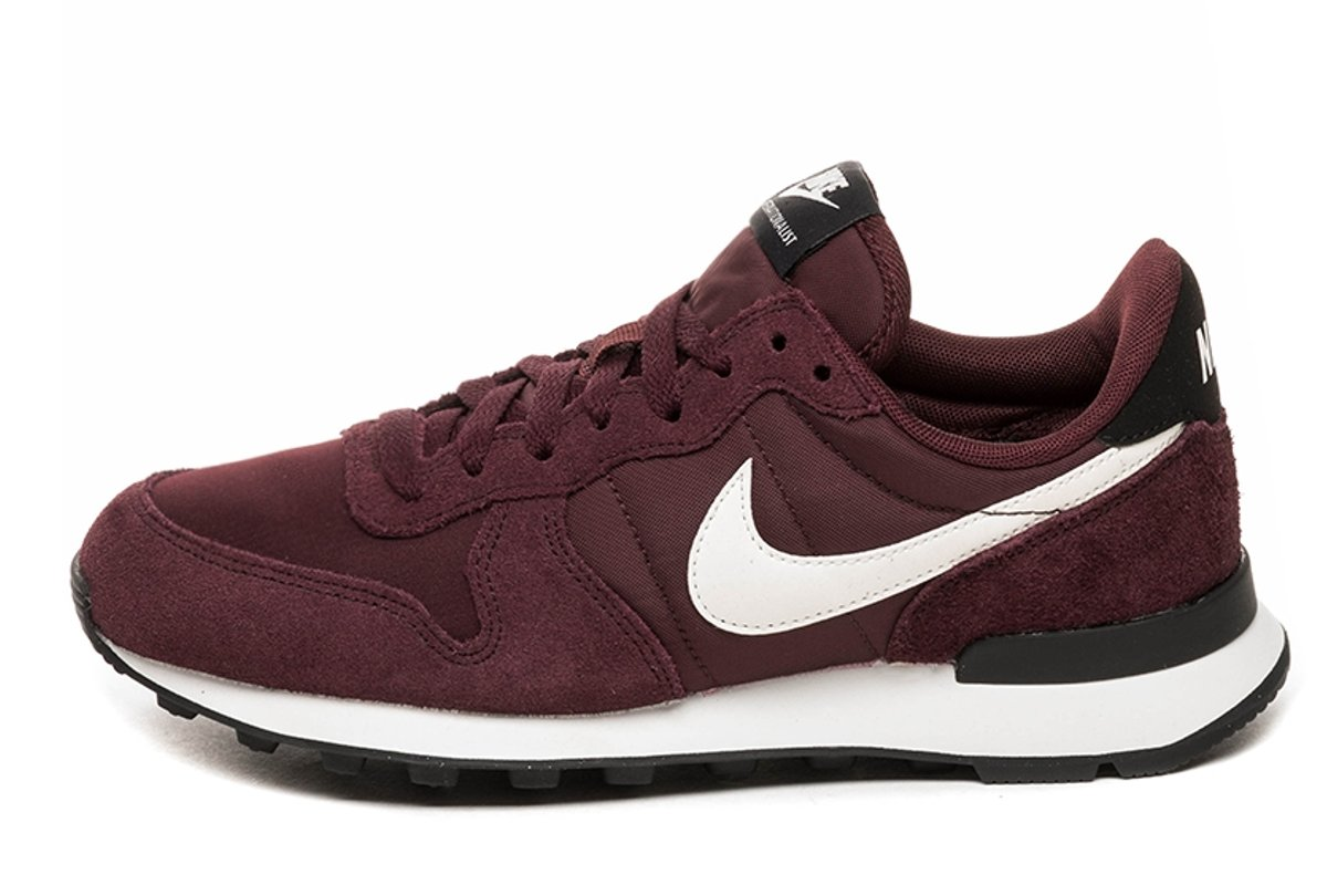 pretty nice 5ce87 65615 nike-internationalist-dames-rood-828407 614-rode-sneakers-dames. 23 %. nike  internationalist rood