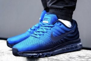 Review: Nike Air Max 2017 blauw, jonkie met sport- en lifestylepotentie