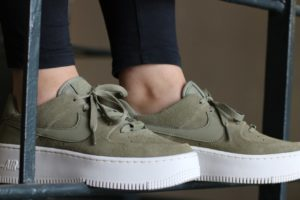"Release: Nike Air Force 1 Dames Groen ""Sage Trooper"""