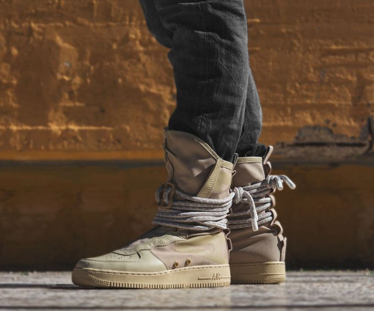 Nike Sf Af1 Air Force 1 Special Field Aa1128 200 2