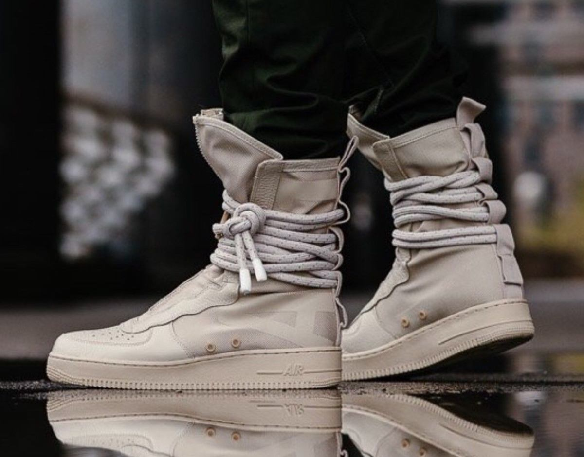 Nike Sf Af1 Air Force 1 Special Field Aa1128 200