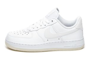 nike-air force 1-dames-wit-ao2132 101-witte-sneakers-dames