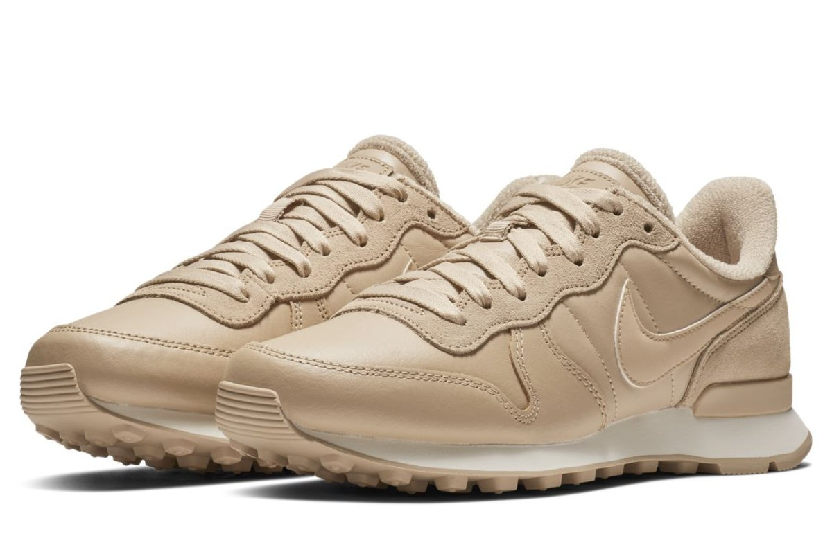 nike internationalist dames olijfgroen