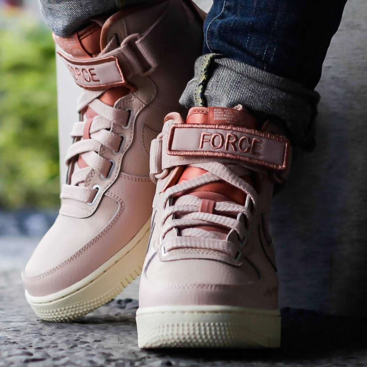 Nike Air Force 1 Dames Roze Aj7311 200 2