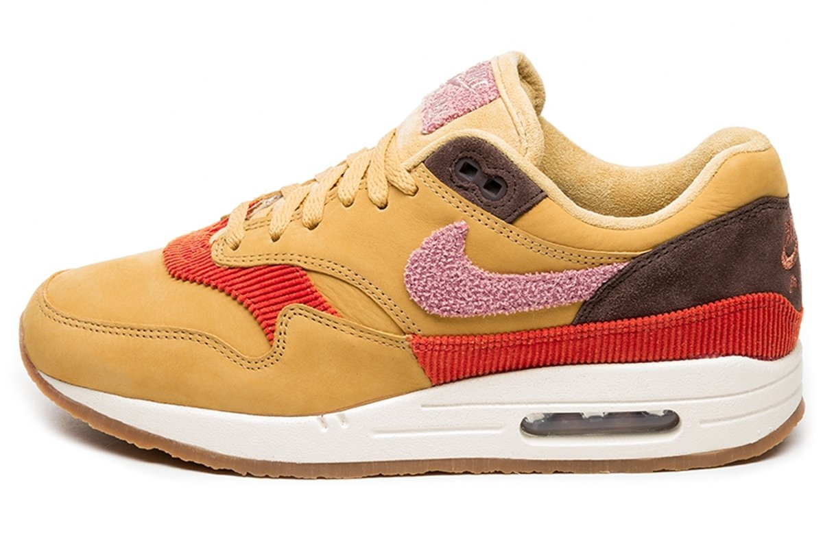 Nike Air Max 1 Beige Pink Bedroom | Pacific Climate Change