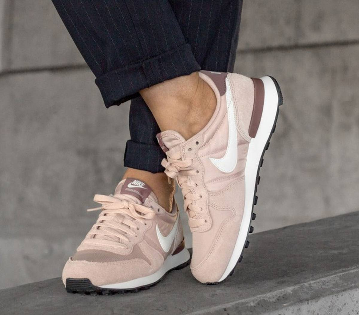 Nike Internationalist Dames Roze 828407 211 13