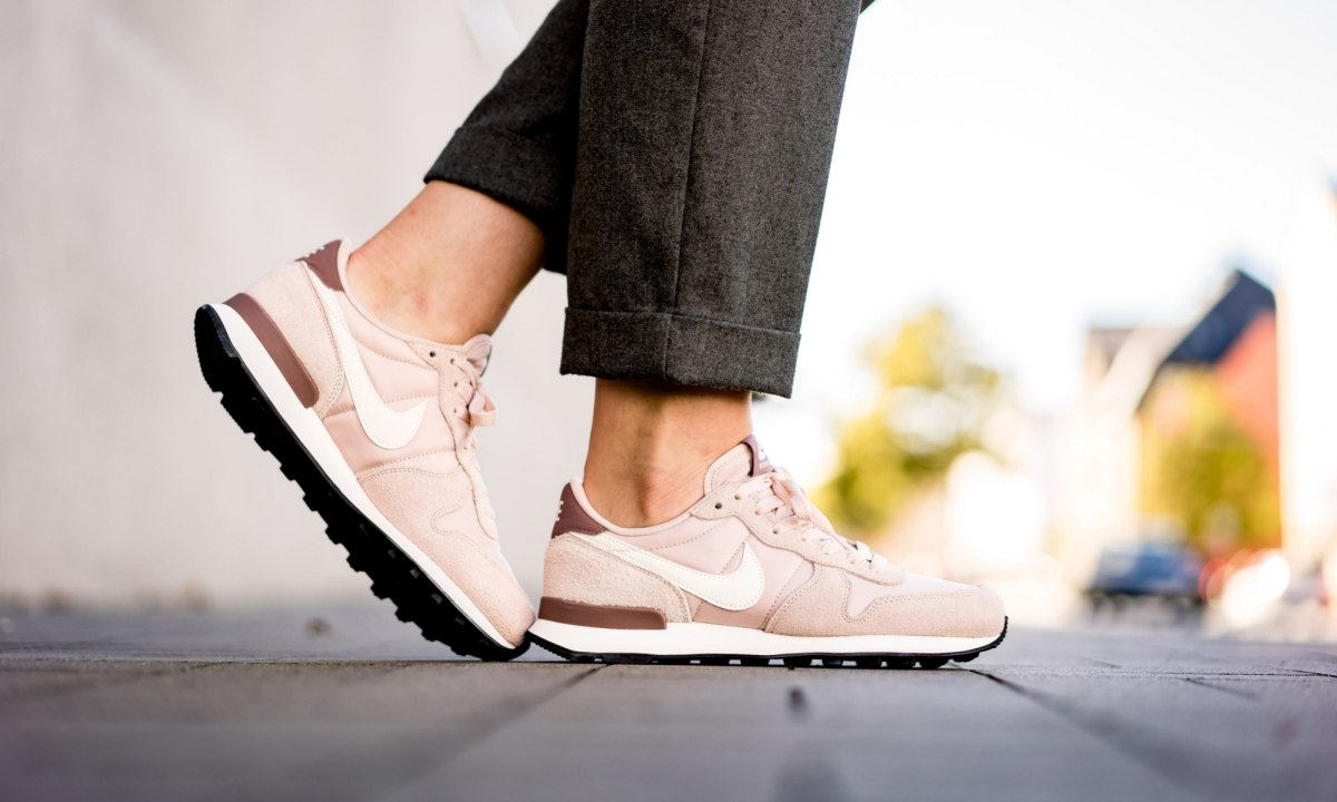 Nike Internationalist Dames Roze 828407 211 18