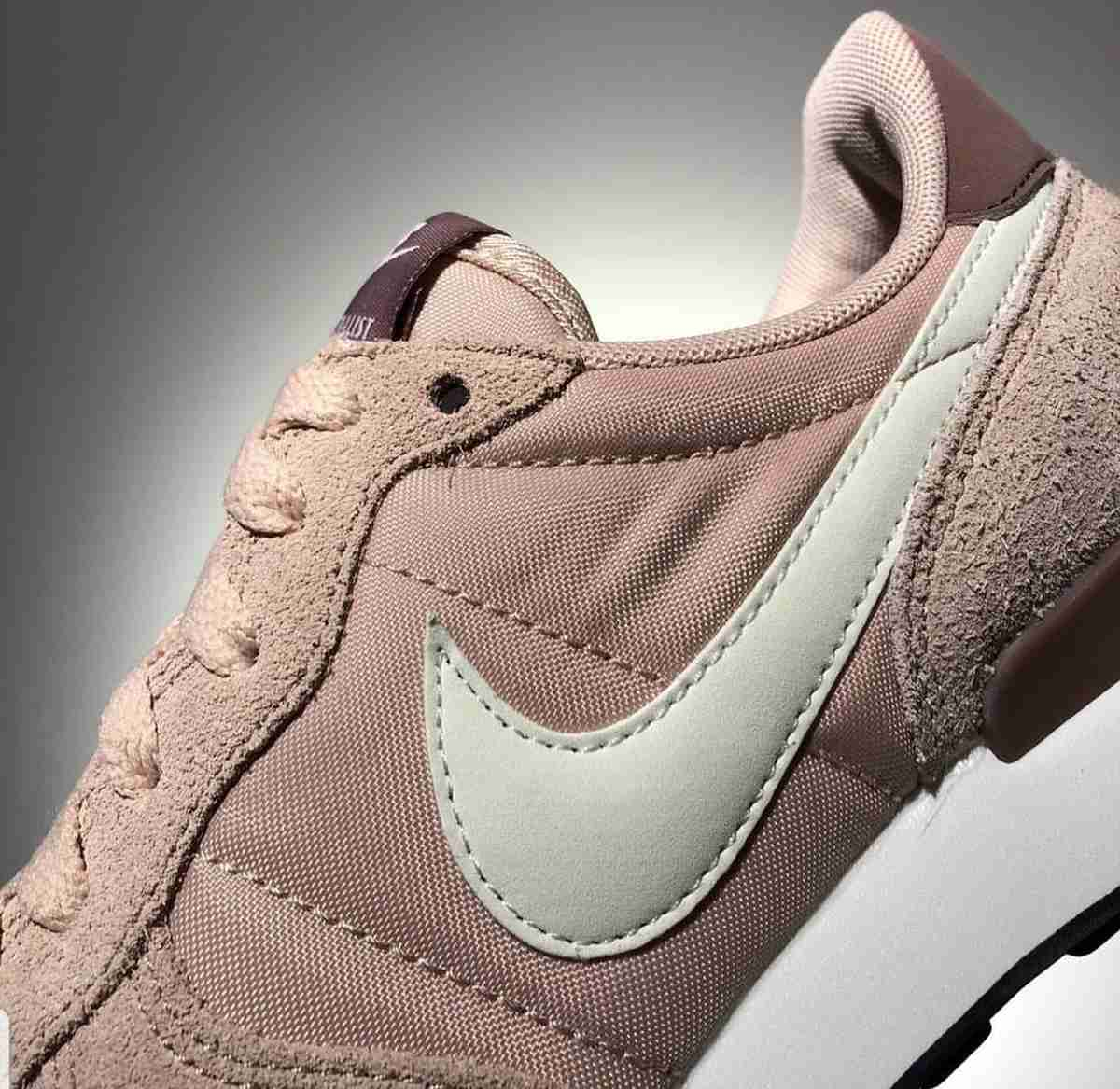 Nike Internationalist Dames Roze 828407 211 7
