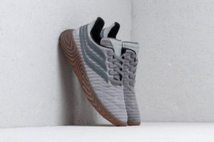 Top 10 Grijze Sneakers Dames · Augustus [year]