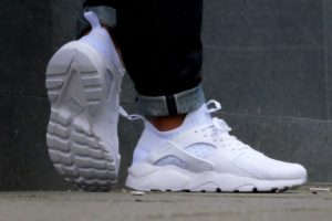 Top 10 witte sneakers heren · Juni 2019