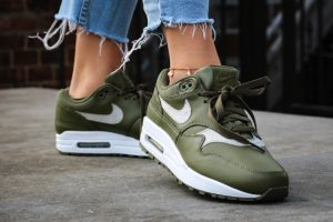 Top 10 Groene Sneakers Dames · September [year]