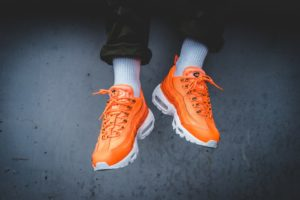 Top 10 oranje sneakers heren · Juni 2019