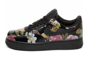 nike-air force 1-dames-zwart-ao1017 002-zwarte-sneakers-dames