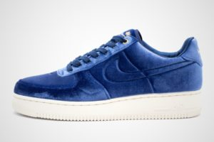 nike-air force 1-heren-blauw-at4144-400-blauwe-sneakers-heren