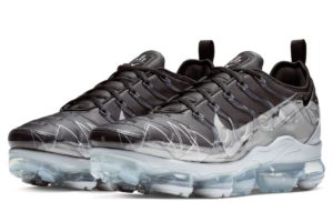 nike-air vapormax plus-heren-zwart-bv7827-001-zwarte-sneakers-heren