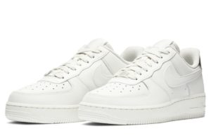 nike-air force 1-dames-zilver-ao2132-003-zilveren-sneakers-dames