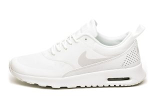nike-air max thea-dames-wit-599409 114-witte-sneakers-dames