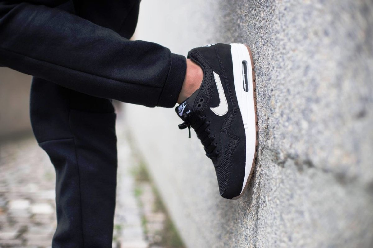 Nike Air Max 1 Zwart Heren Ah8145 014 3