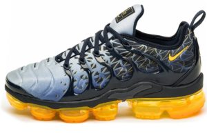 nike-air vapormax plus-heren-zwart-924453 406-zwarte-sneakers-heren