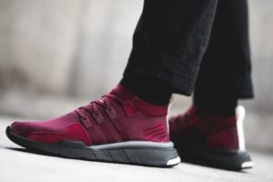 Top 10 bordeaux rode sneakers heren 2019