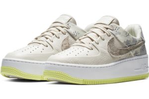 nike-air force 1-dames-beige-ci2673-101-beige-sneakers-dames