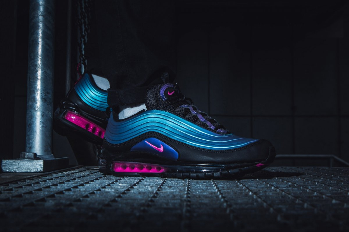 Nike Air Max 97 Lx Throwback Future Pack Av1165 001 Mood 1