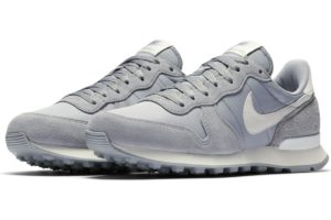 nike-internationalist-dames-grijs-828407-023-grijze-sneakers-dames