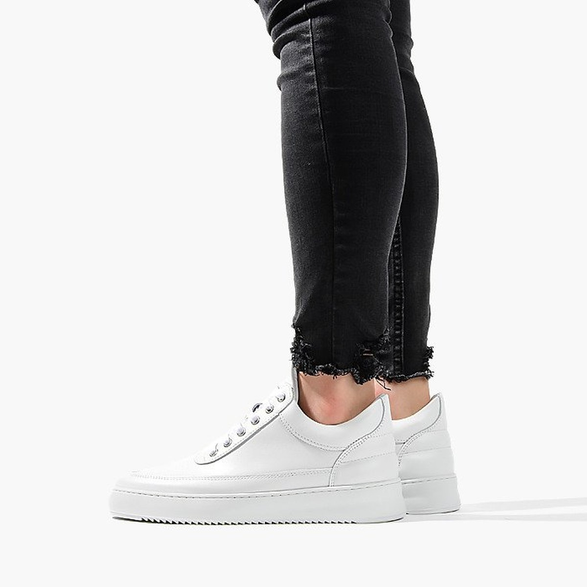 Top 10 witte sneakers heren - Filling Pieces Low Top Ripple Lane Nappa All White 25121721855