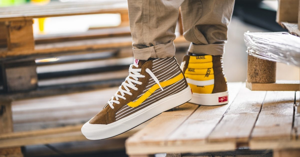 Vans Hi Tops Mens Brown Vn0a4btkvx81 3