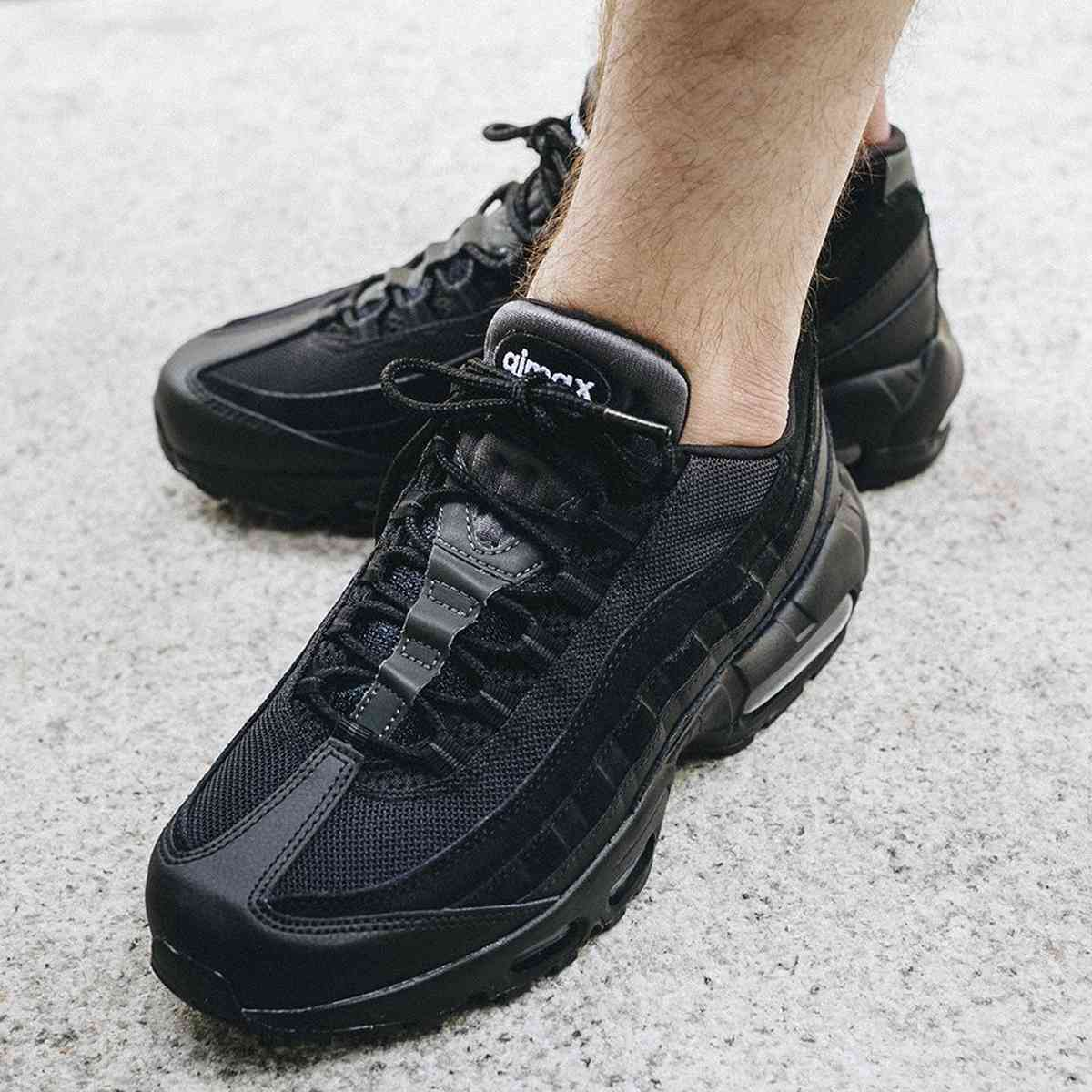 Nike Air Max 95 Essential At9865 001 5d1f1f8c9ec7e