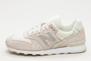 new balance-996-heren-beige-wr996lcb-beige-sneakers-heren