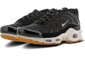 nike-air max plus-dames-zwart-bv0315-001-zwarte-sneakers-dames