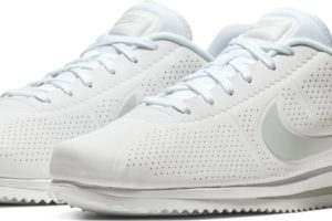 nike-cortez-heren-wit-845013-101-witte-sneakers-heren