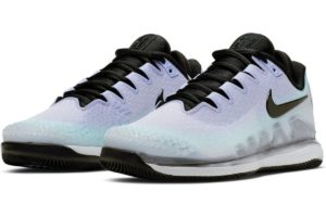nike-court air zoom-dames-zilver-ar8835-002-zilveren-sneakers-dames