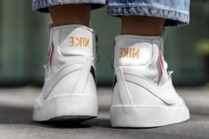 Top 10 Witte Sneakers Dames · Augustus [year]