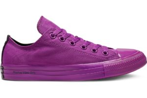 converse-all stars laag-dames-paars-165661c-paarse-sneakers-dames