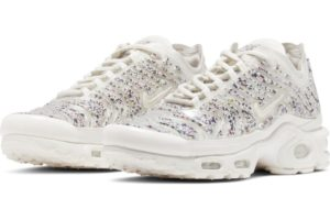 nike-air max plus-dames-beige-ar0970-002-beige-sneakers-dames