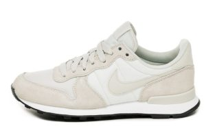 nike-internationalist-dames-zilver-828407 032-zilveren-sneakers-dames