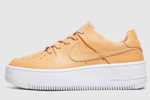 nike-air force 1-dames-bruin-ar5339-800-bruine-sneakers-dames