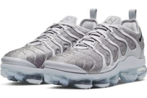 nike-air vapormax plus-heren-zilver-ct5529-001-zilveren-sneakers-heren