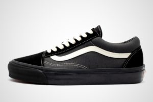vans-old skool-heren-zwart-vn0a4p3xtj1-zwarte-sneakers-heren