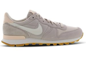 nike-internationalist-dames-blauw-828407-028-blauwe-sneakers-dames