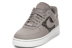 nike-air force 1-dames-bruin-cq6364 200-bruine-sneakers-dames