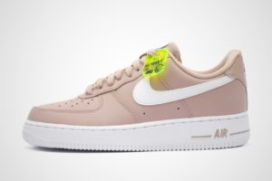 nike-air force 1-dames-roze-ci3446-200-roze-sneakers-dames
